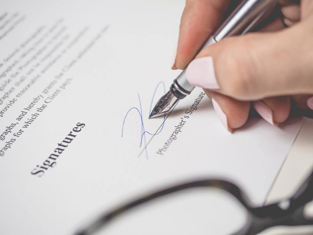 abandoned property clause lease agreement